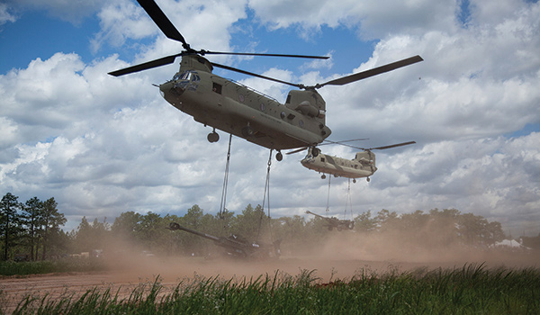 CH-47 with M777A2